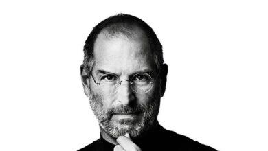 تصویر استیو جابز و زندگینامه حرفهای او در شرکت اپل
