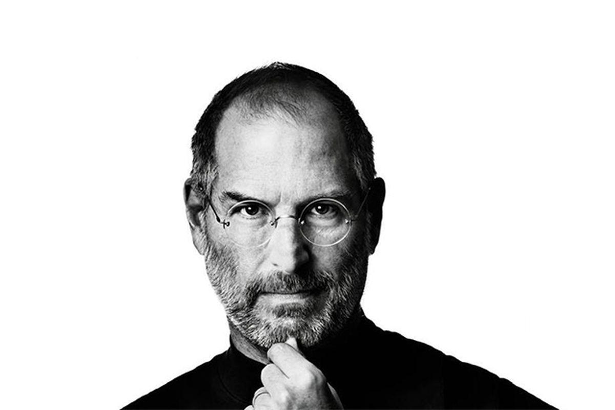 استیو جابز و زندگینامه حرفهای او در شرکت اپل
